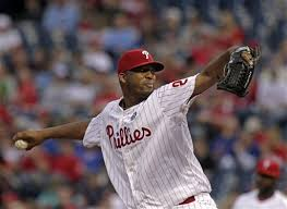 Roberto Hernandez allowed no runs on four hits in the Phillies win over the Washington Nationals.