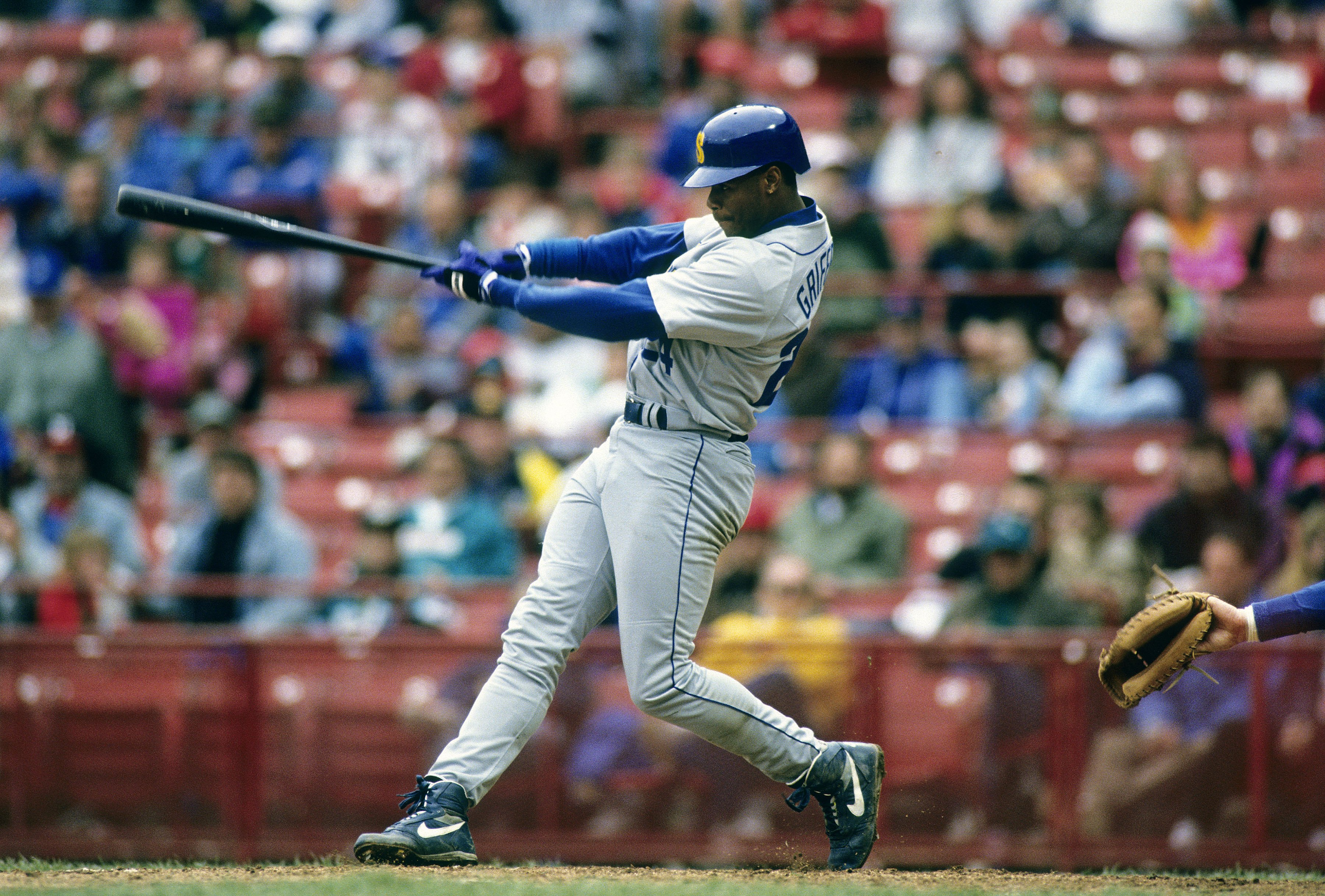 fb9eee6d49 Comments Leave a Comment; Posted in Ken Griffey Jr. is Living Proof That  Nice Guys Finish First; Full-size 3600 × 2435